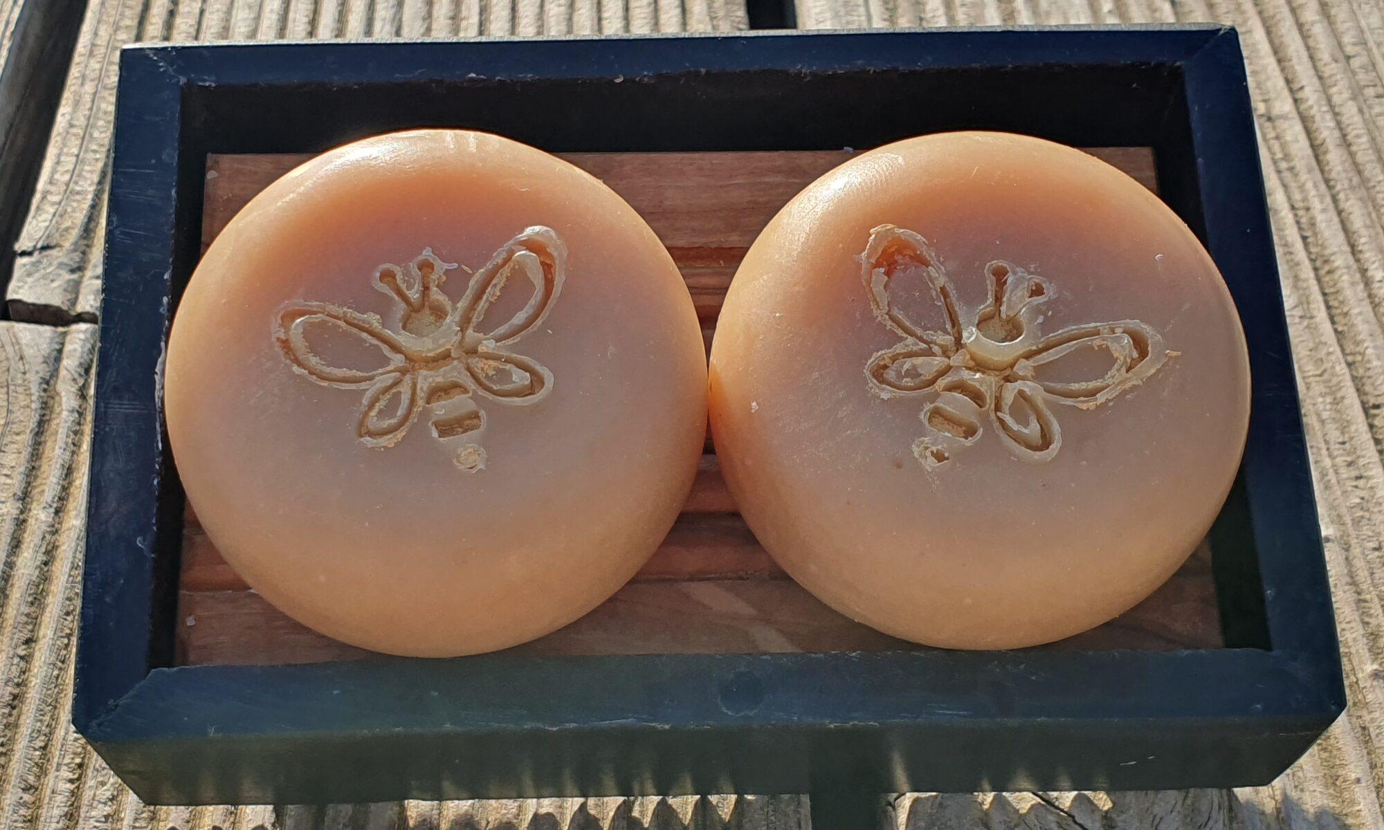 Pflegende Honigseife